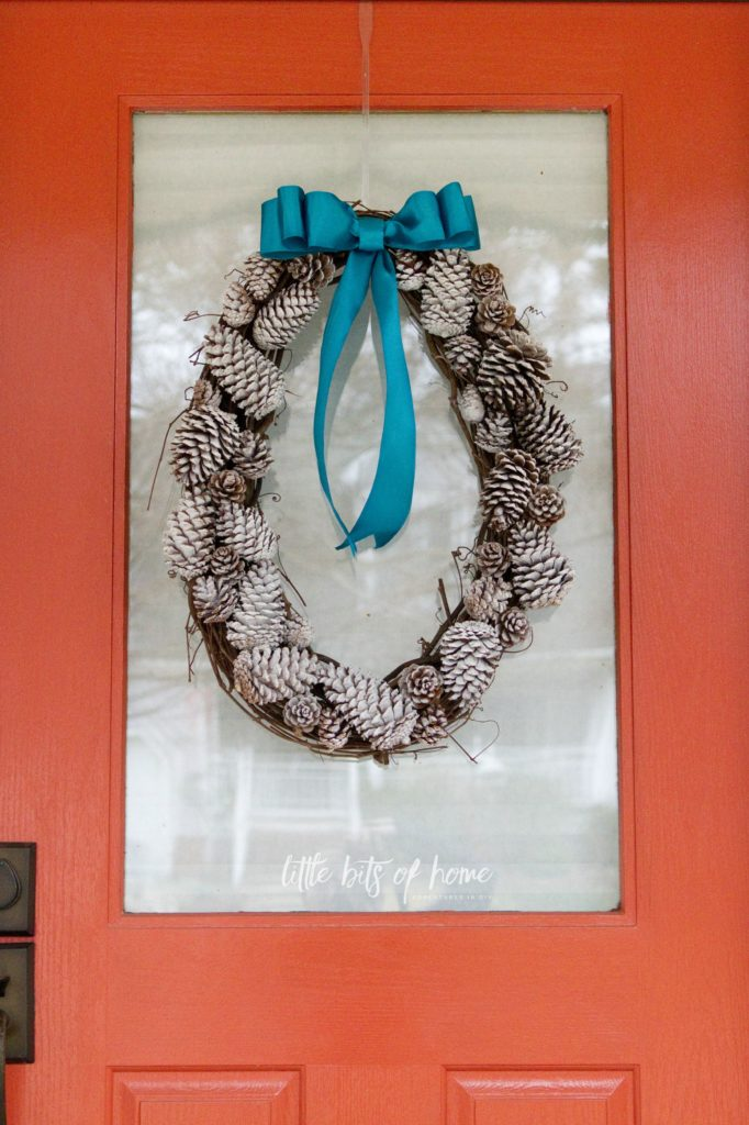 pinecone-wreath-door-2
