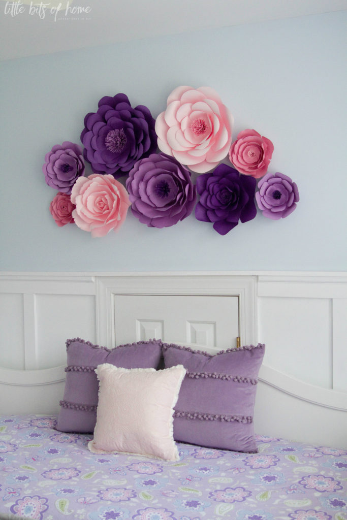 Paper wall flowers tutorial it was so much fun to craft with amy we were able to nail down color schemes and figure out how to complete an entire flower during our craft session mightylinksfo